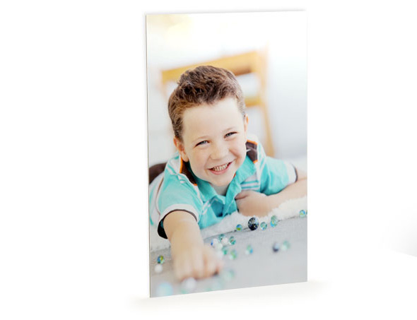 Aluminium photo print in an easy carry presentation box