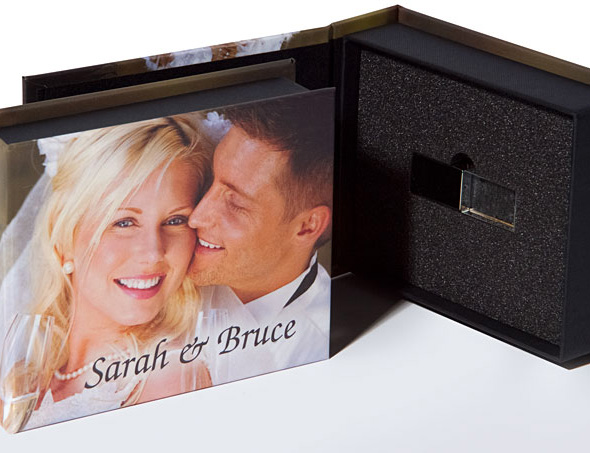 Photo box with image wrap and engraved USB